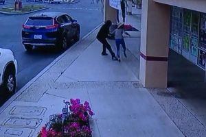 Identifican a la mujer que murió por no dejarse robar el bolso. Tres personas arrestadas