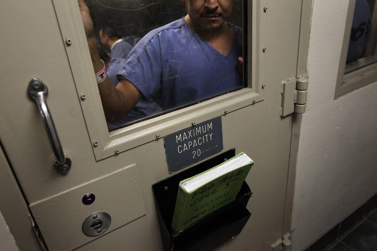 Los activistas solicitaban vacunar a los inmigrantes detenidos contra la influenza.