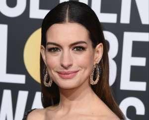 Anne Hathaway se siente agradecida de participar en un proyecto de Alfonso Cuarón y Guillermo del Toro