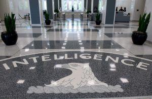 Cómo la CIA usó máquinas de encriptado para espiar a más de 120 países