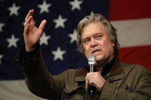 Trump decide perdonar a última hora a Steve Bannon, su exjefe de asesores acusado de fraude