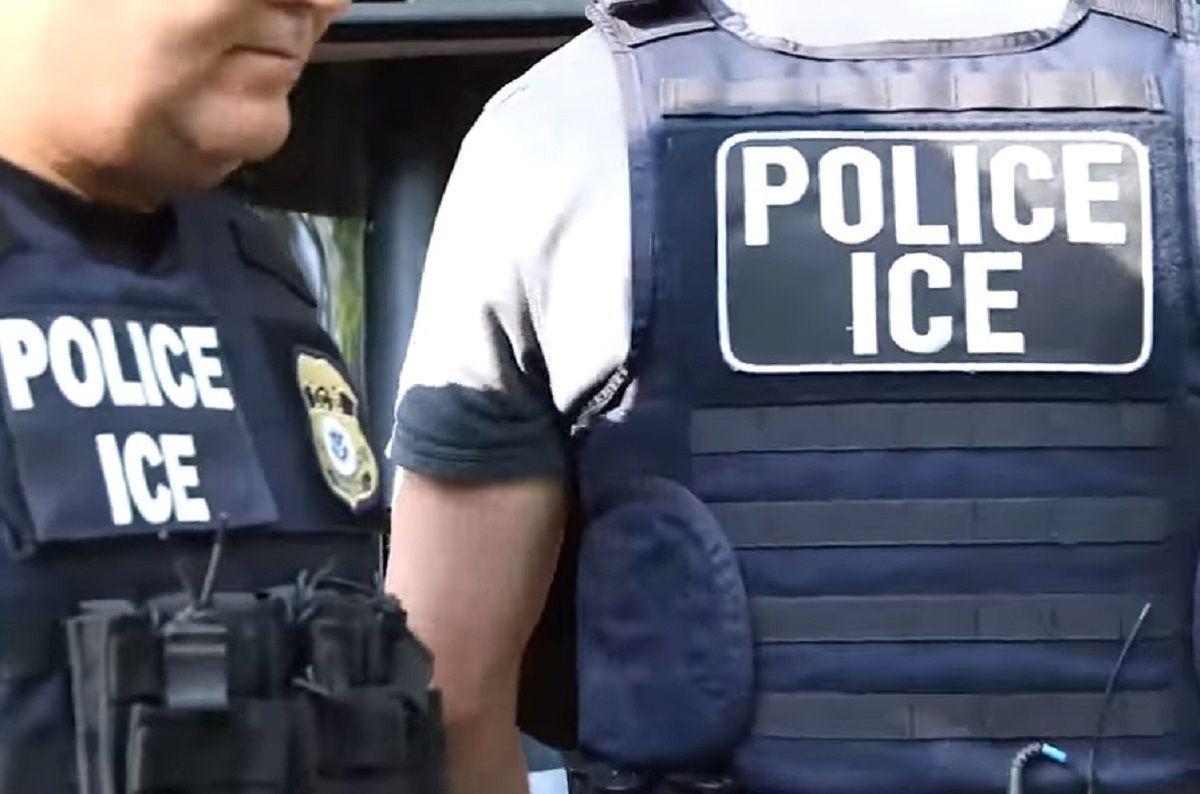 Si un indocumentado es detenido por ICE no debe firmar documento alguno.