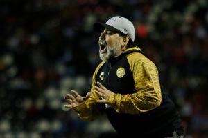 Circula video de Maradona motivando a sus Dorados pero ¡no se le entiende nada!
