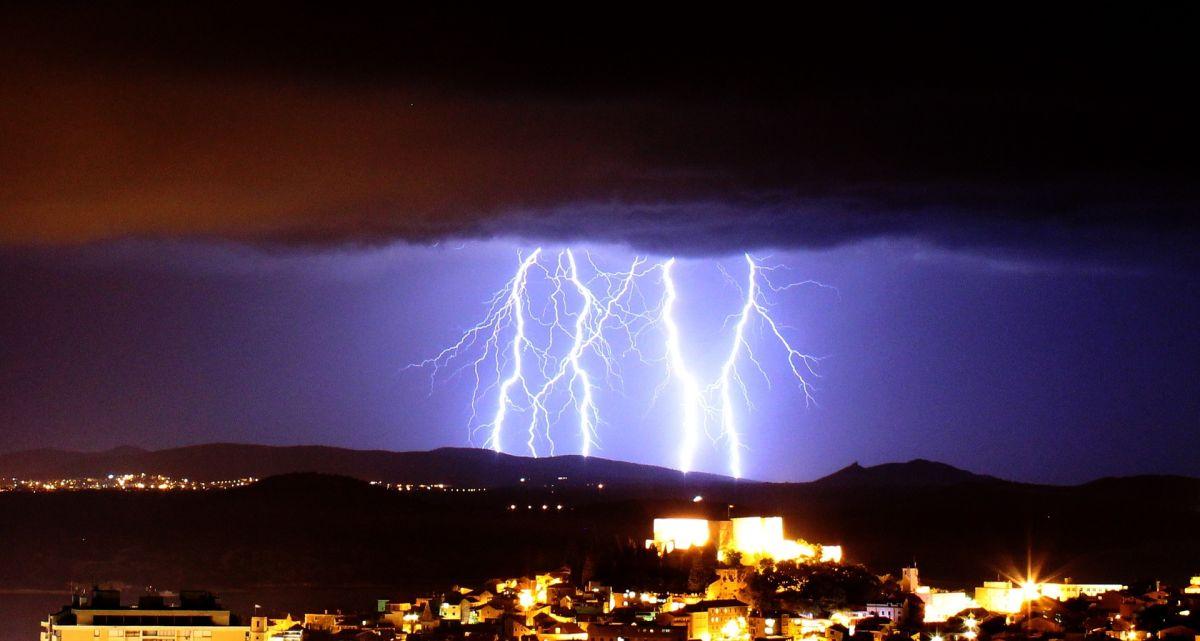 Tormentas, tornados y granizo amenazan a 18 estados en los próximos días