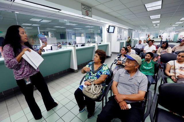 Ahora más sucursales del DMV en Colorado cederán licencias de manejo a inmigrantes indocumentados