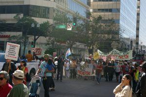 Sindicatos del Área de la Bahía exigen justicia al conmemorar el Primero de Mayo