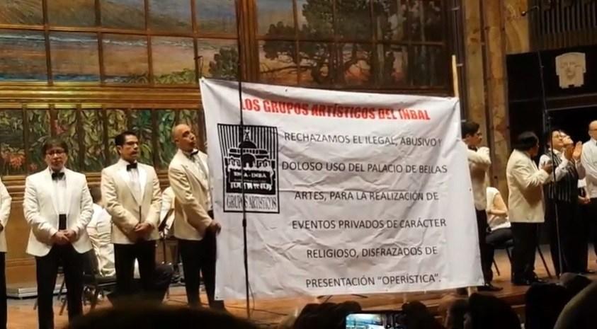 Condenan uso del Palacio de Bellas Artes para actos religiosos en México