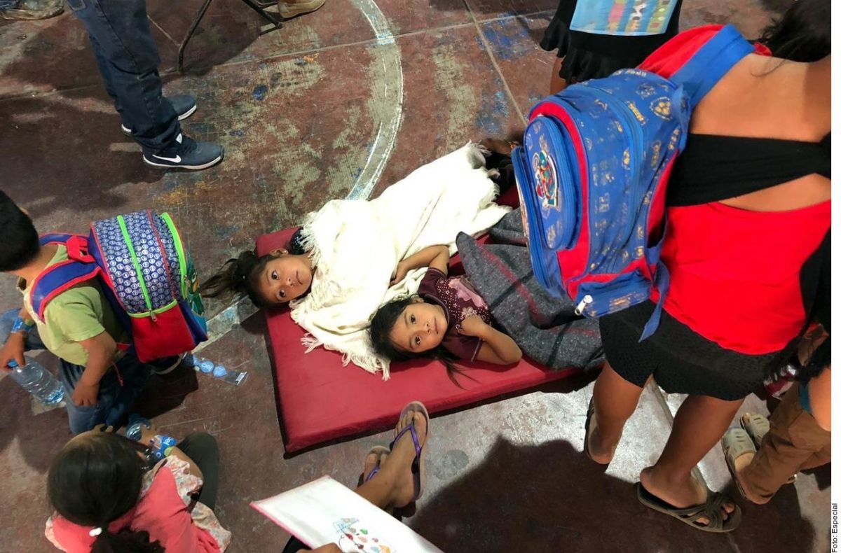 Más de 200 niños intoxicados tras comer pozole en Guerrero