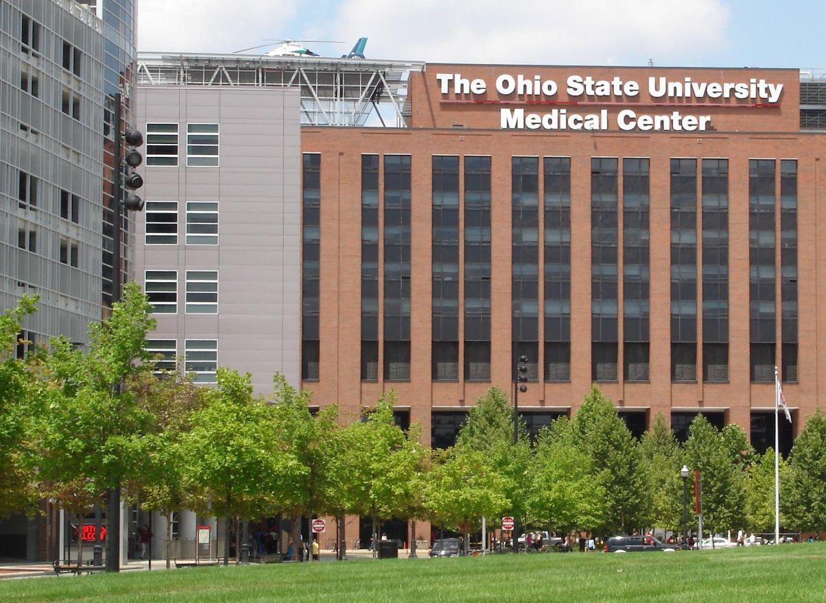 Un médico abusó sexualmente de 177 alumnos de Ohio State University durante décadas