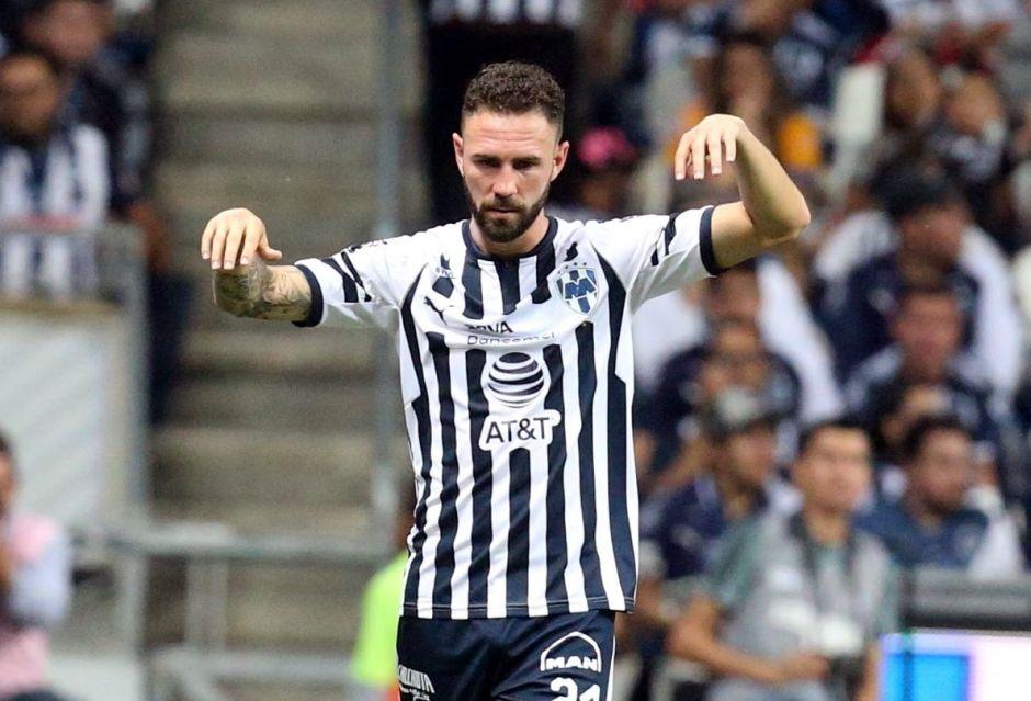 Miguel Layún también se baja de la Copa Oro ¿Complot contra el Tata Martino?