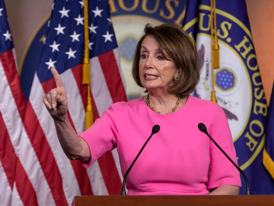 """Nancy Pelosi asegura que Trump quiere un juicio político """"para distraer la atención"""""""