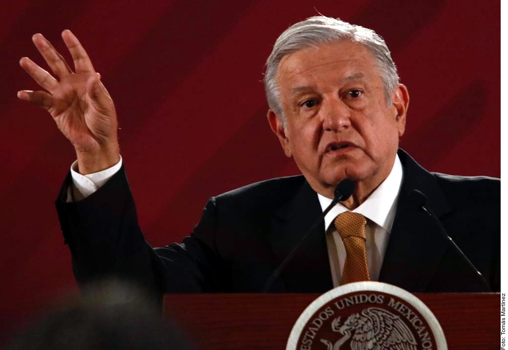 """AMLO revela que el Rey de Jordania regaló camionetas """"extravagantes"""" a la Presidencia"""