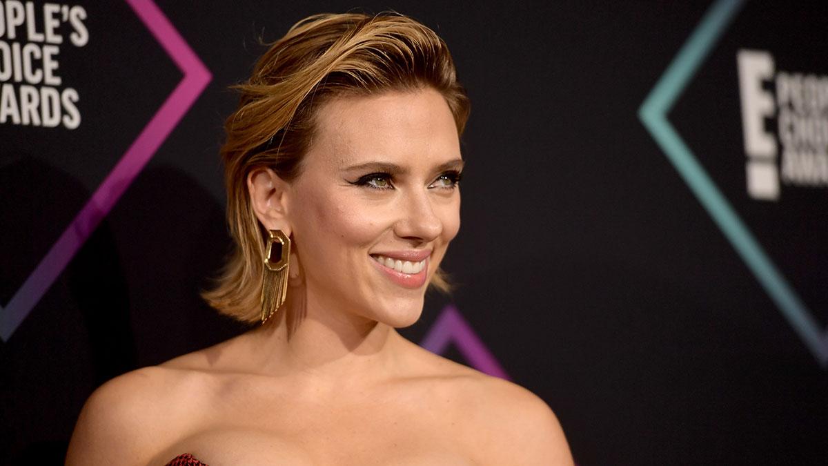 Scarlett Johansson presentó la demanda contra Disney ante los tribunales superiores de Los Ángeles.