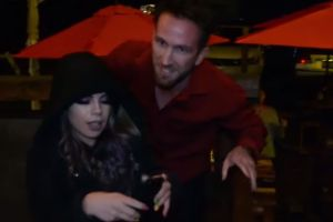 Ex de Lizbeth Rodríguez de Badabun le lleva serenata en restaurante; ¿y Tavo qué se hizo?