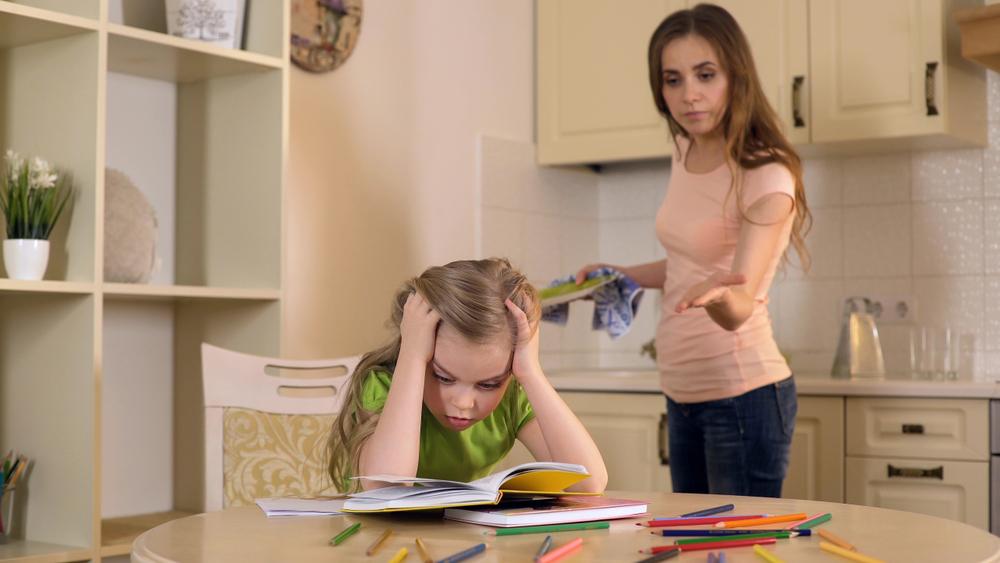 ¿Son los padres actuales más nerviosos y sobreprotectores?