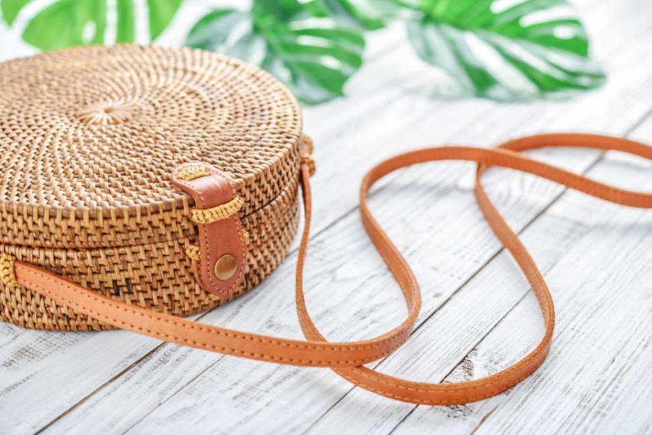 Las 6 mejores carteras tejidas para usar en la temporada primavera – verano