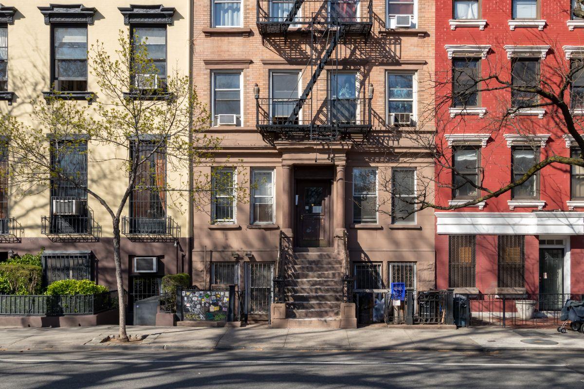 ¿Cómo alquilar una vivienda a bajo costo?