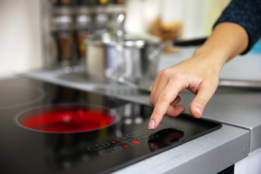 ¿Cocina eléctrica o a gas? Descubre cuál es la mejor para ti