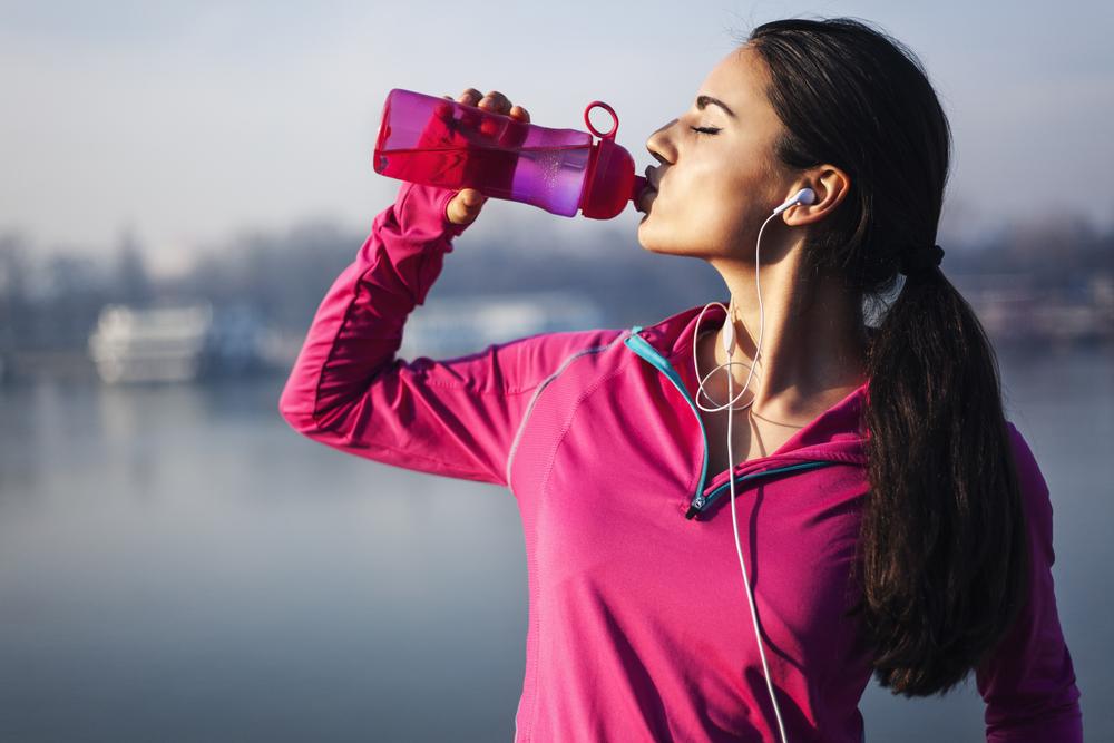 6 ventajas de beber agua en ayunas para mejorar nuestro metabolismo