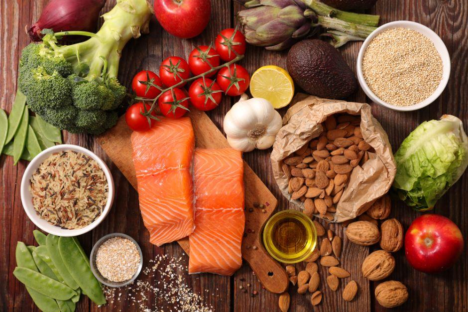 6 alimentos que debes ingerir con mayor frecuencia al llegar a los 40