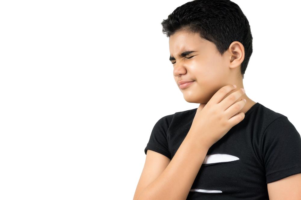 ¿Cuáles son las causas y síntomas que produce la amigdalitis en los niños?