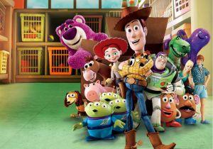¿Toy Story hecha realidad? Woody y Buzz Lightyear fueron vistos viajando en un camión a toda velocidad