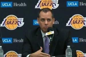 Lakers presenta a Frank Vogel como su nuevo entrenador