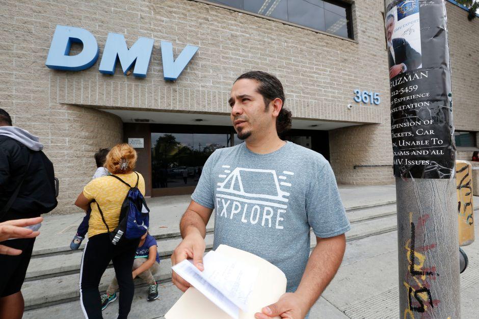 DMV manda millones de cartas debido al Real ID