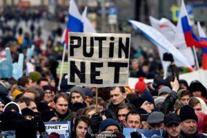 Por qué los esfuerzos de Rusia y China para poner fronteras a internet suponen el fin de la red que conocemos