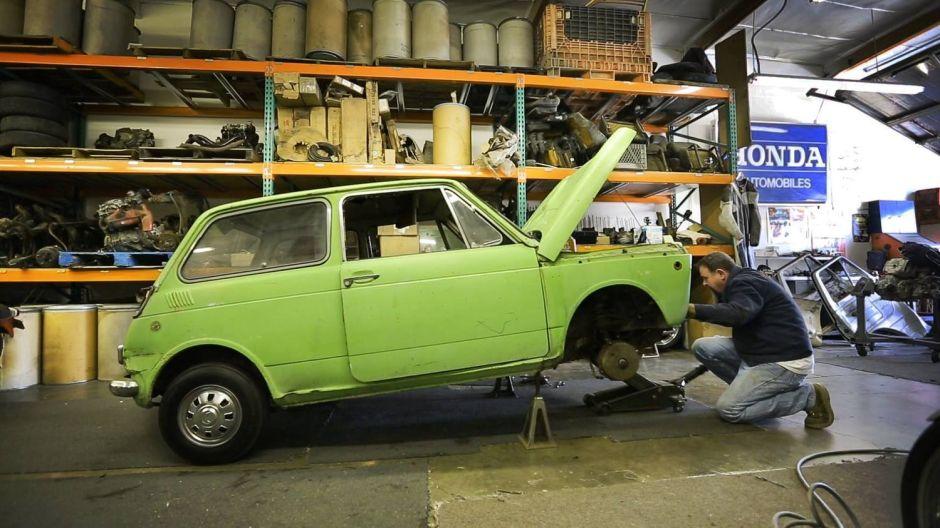 Restauran el primer auto que Honda importó a América, estuvo perdido casi 50 años