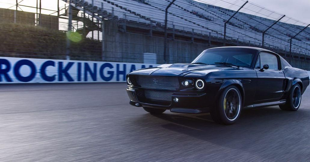 El primer Mustang eléctrico fue será construido por la compañía Charge Cars
