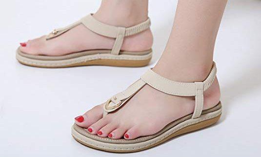 7 sandalias veraniegas cómodas para combinar con pantalones cortos y vestidos