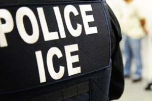 Alertan epidemia de paperas en 30 centros de retención de ICE