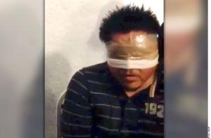 Arrestan a tres funcionarios por el caso Ayotzinapa
