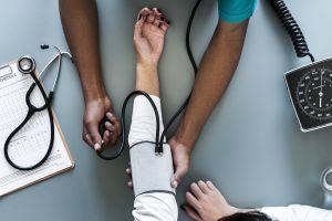 Las restricciones migratorias perjudicarían la atención sanitaria y los cuidados