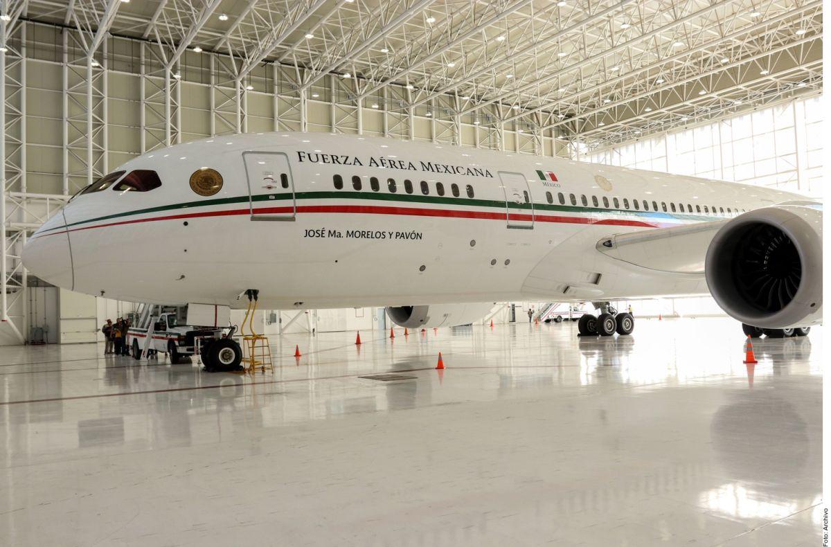 López Obrador dice que mantendrá a migrantes con la venta del avión presidencial, pero…