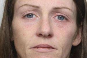 Una madre le rompe el cráneo a su bebé, lo graba en vídeo y se lo envía a su pareja