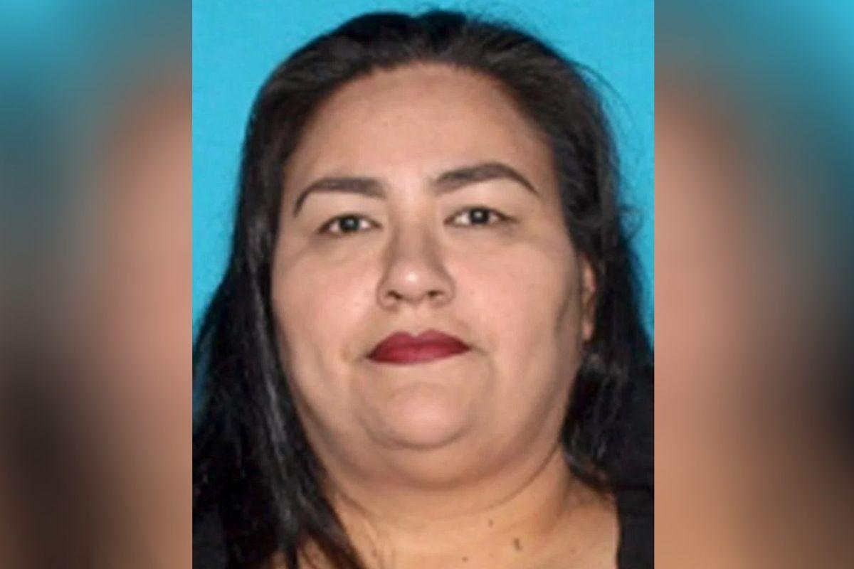 La madre fue identificada como Gabriela Keeton, de 45 años.