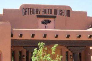 Venden excéntrico museo de autos en $280 millones en Colorado