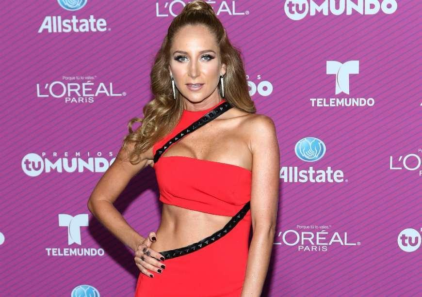 Geraldine Bazán con un bikini chiquito y una poderosa tanguita