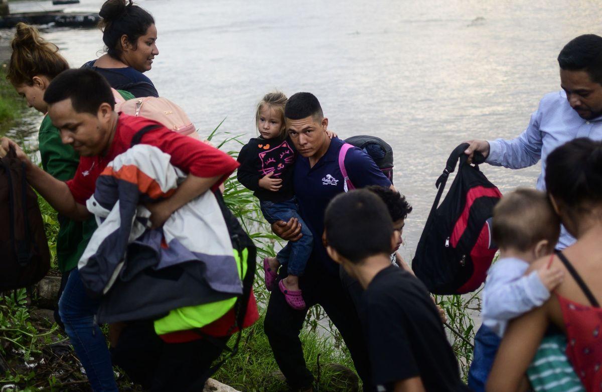 Medidas impuestas por Trump a México no logran detener éxodo migratorio a EEUU. Esto fue lo que vimos