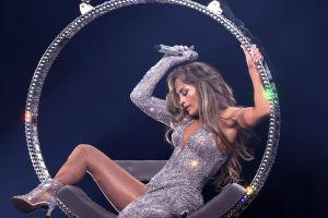 Mira el lujoso auto que Alex Rodríguez le regaló a Jennifer Lopez por motivo de su cumpleaños