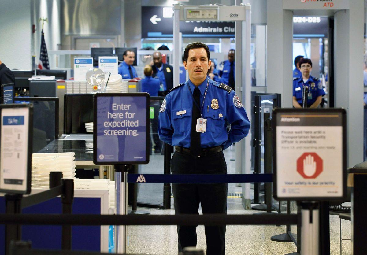 Congresistas republicanos piden explicaciones a TSA