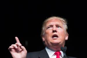 Desatan alerta restricciones de Trump a programas de vivienda pública para inmigrantes