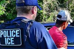 Inmigrante se escapó de la Migra en un taxi usando un viejo truco