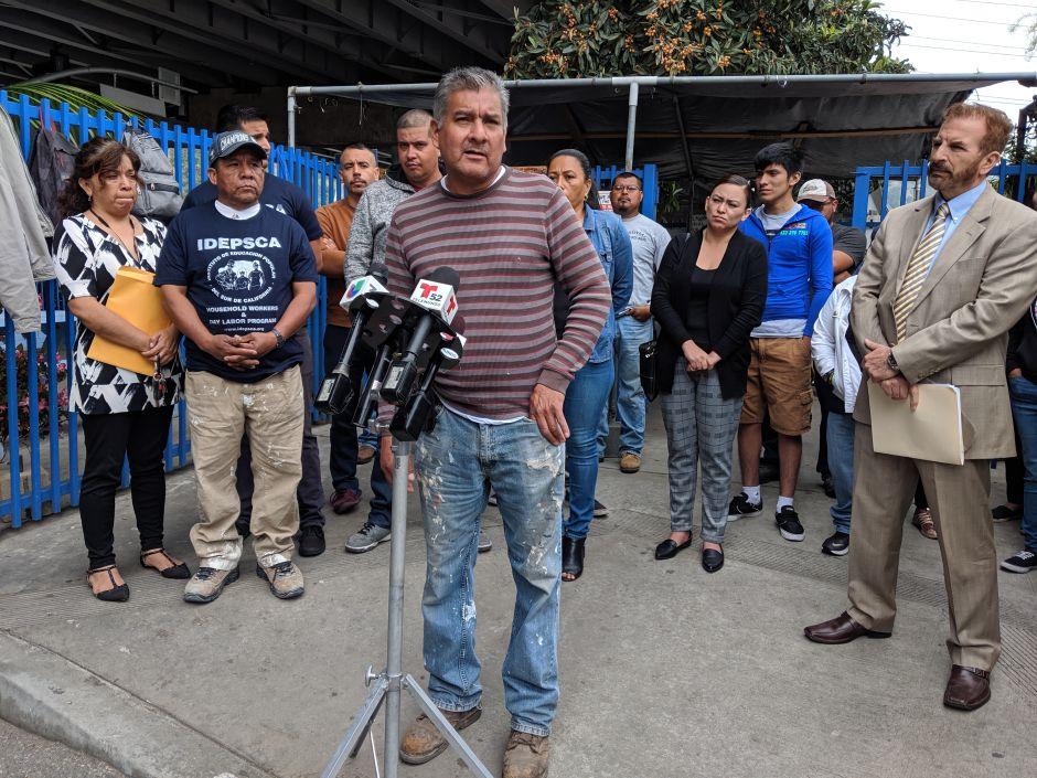 Jornaleros piden un alto al abuso y el acoso en tiendas Home Depot