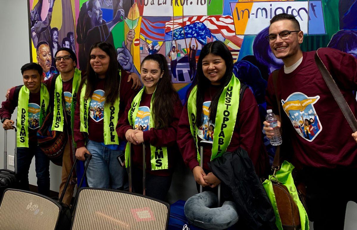 Jóvenes urgen a representantes aprobar el Acta de Sueño y Promesa
