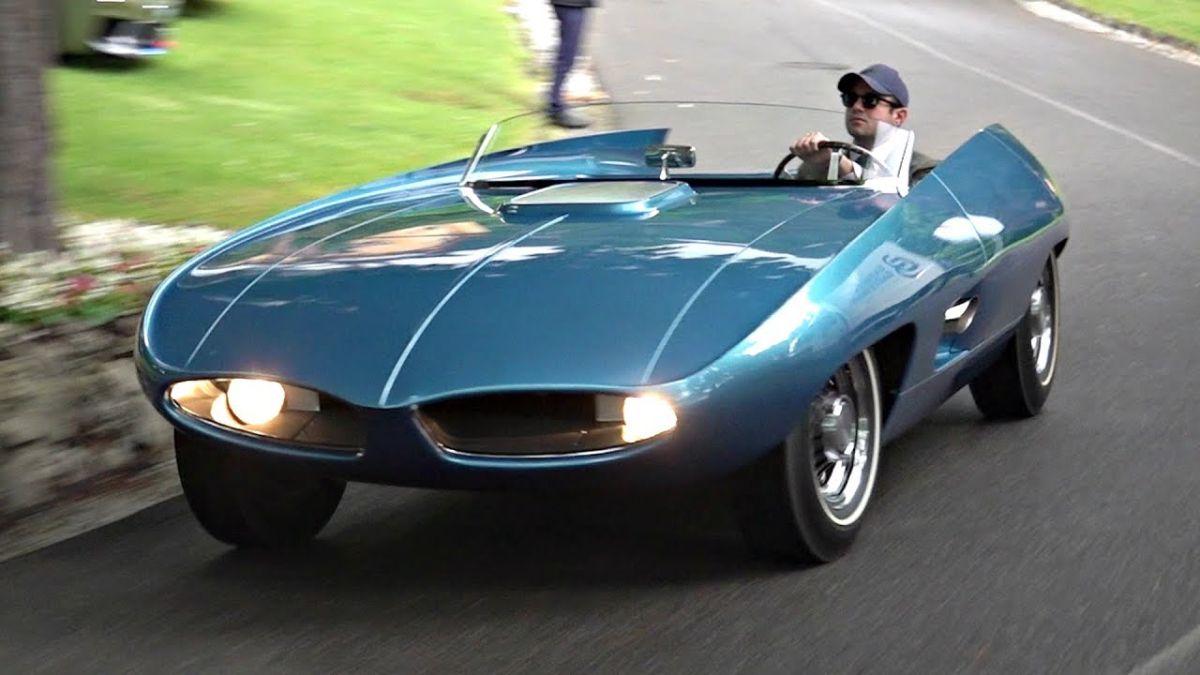 Video del futurista concepto de Pontiac que se presentó en los 60 y permaneció 40 años oculto en un almacén