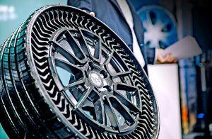 No es broma: Michelin y General Motors lanzarán llantas sin aire en el 2024