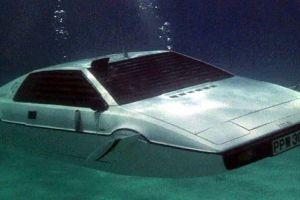 Tesla diseñó un auto submarino y lo mantiene en secreto